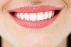 <b>种植牙和烤瓷牙有何区别?</b>